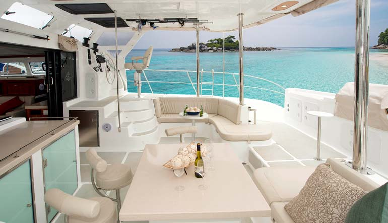 Royal Cape Catamarans, Majestic 530 Yacht, Lifestyle deck