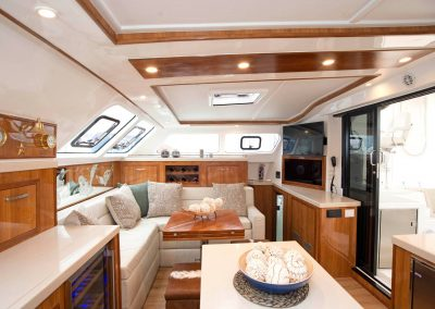Royal Cape Catamarans, Majestic sallon