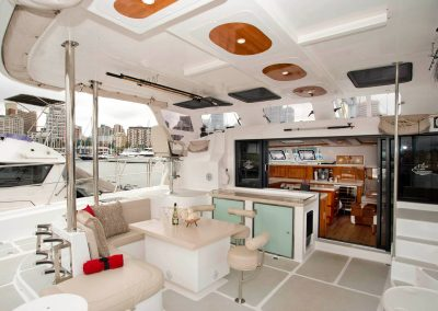 Royal Cape Catamarans, Majestic 530 entertainment deck