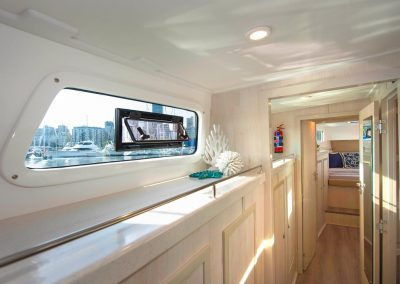 Royal Cape Catamarans, New Luxurious Majestic 570, passage