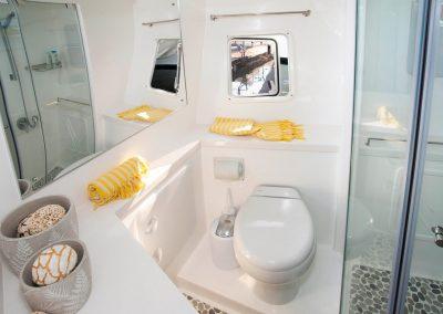 Majestic 530, Luxury Catamaran en-suite