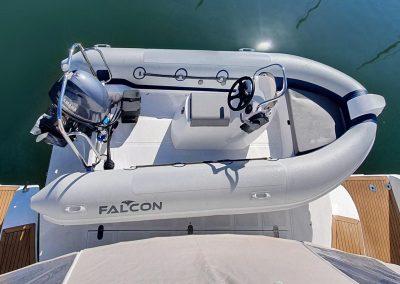 Majestic 530, Luxury Catamaran, Tender, zodiac, rubberduck